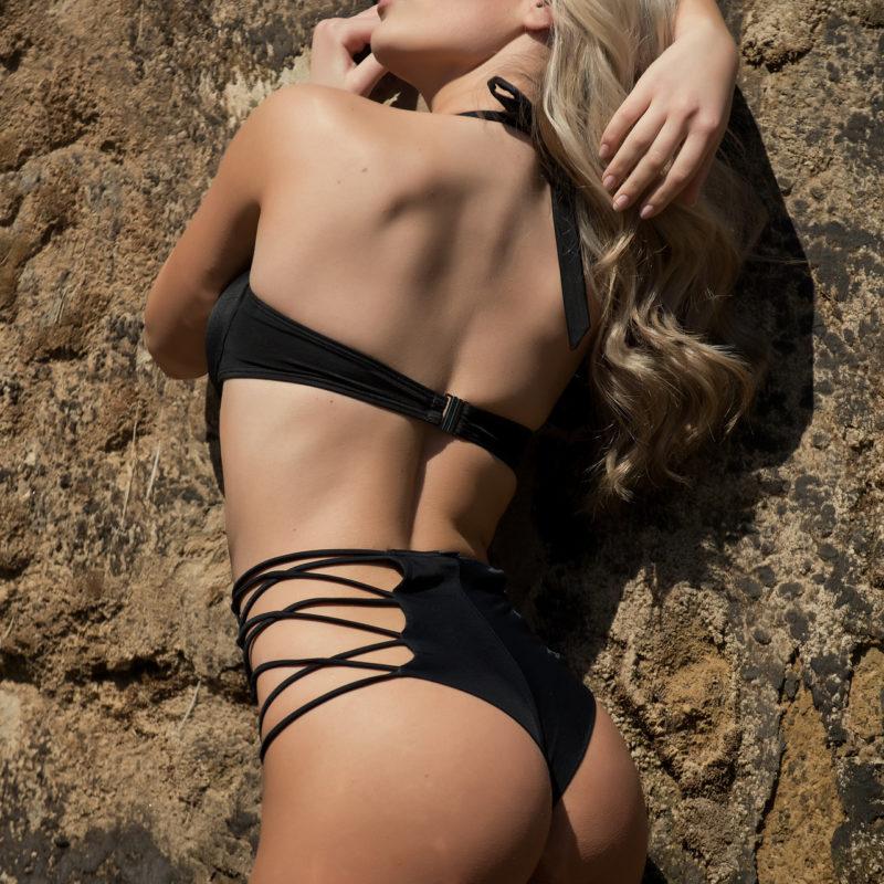 Model: Christina Lampara